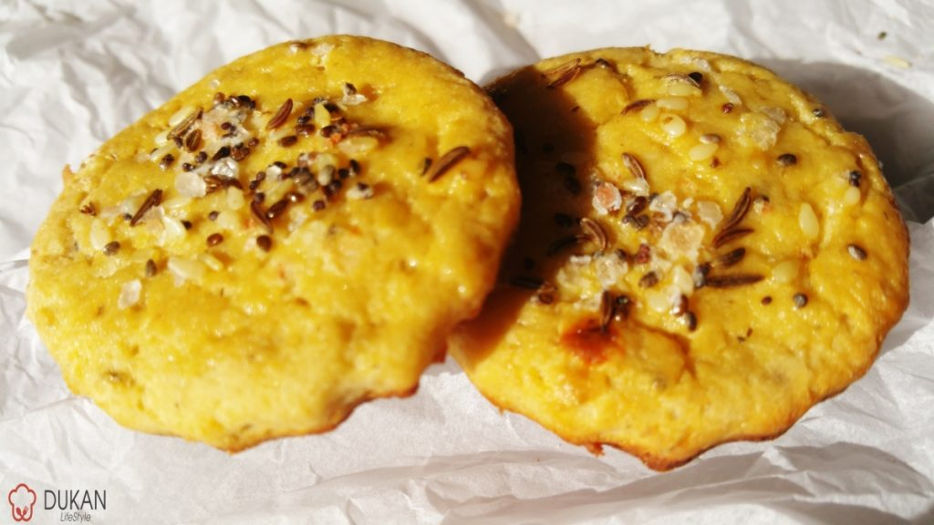 CRACKERS – biscuiti sarati (Fara faina alba/ Low carb/ Low fat/ Gluten free)
