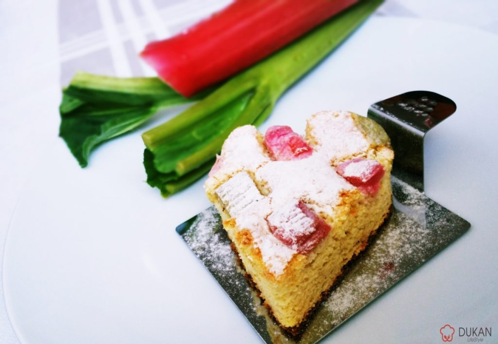 PRAJITURA cu RUBARBA (Fara faina alba/ Sugar free/ Low carb/ Low fat/ Gluten free)