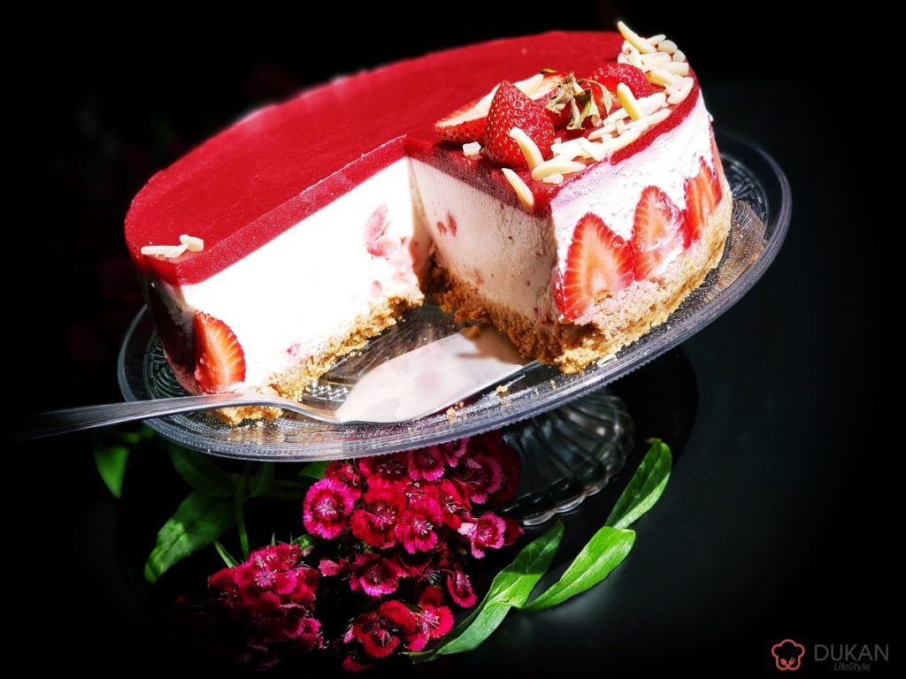 CHEESECAKE cu CAPSUNI fara COACERE (FARA FAINA ALBA/ SUGAR FREE/ LOW CARB/ LOW FAT)